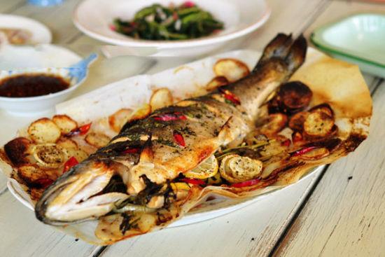 龙嵩烤三文鱼