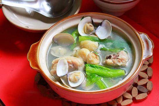 小芥菜蛤蜊鲜鸡汤