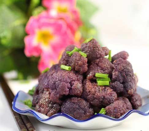 重金属法烹饪出美味新奇紫色菜花
