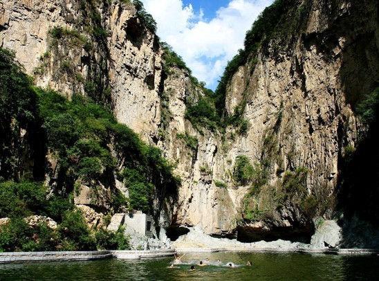 亚洲 中国 山西 正文    ■ 藏山    清凉理由:藏山风景区可发为四个