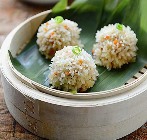 美食感恩季 端午节来临做清香珍珠丸子