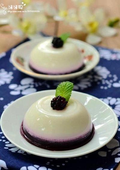 双色桑葚椰汁糕
