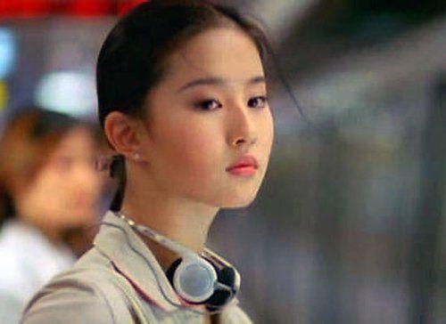 """""""小龙女""""刘亦菲的独家减肥秘诀"""