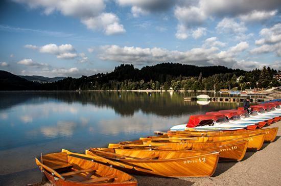 随性停驶于滴滴湖畔,德国的点滴风情在自驾中尽现