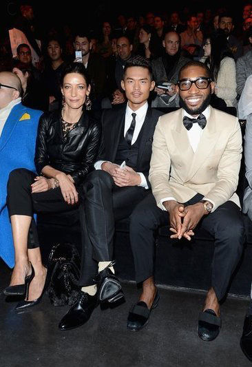 林丹出席Dolce&Gabbana 2013秋冬男装秀时露出的白袜子遭吐槽