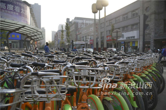 太原桥头街与柳巷的公共自行车点