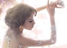 新娘也性感 大胆裸露透视婚纱