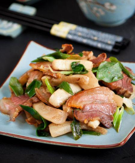自制萝卜干香脆有诀窍:五香萝卜干炒腊肉