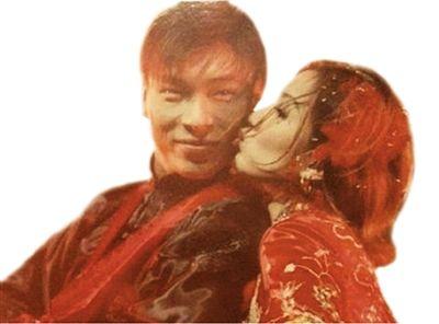 求婚成功巴厘岛庆祝,稍后会在香港注册
