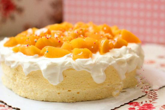 幸福烘焙的黄桃苏芙蕾乳酪蛋糕
