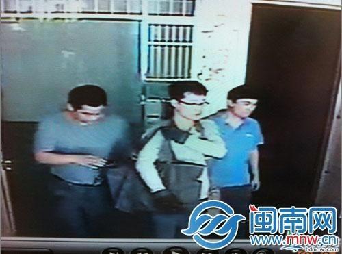 嫌疑人作案后戴手套穿女拖鞋形迹可疑被保安拦下
