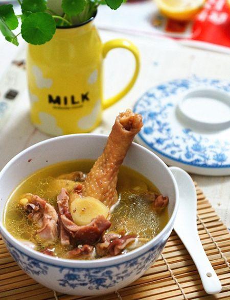 胡椒猪肚炖鸡汤