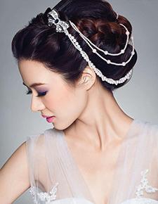 巧用珠宝打造新娘盘发