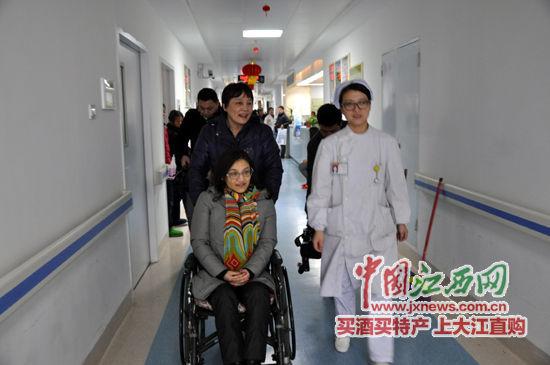 2月19日下午,李玉川的母亲陪她来到南昌大学第一附属医院