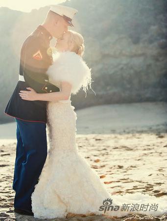 请朋友帮忙和聘请婚礼承包商效果相同