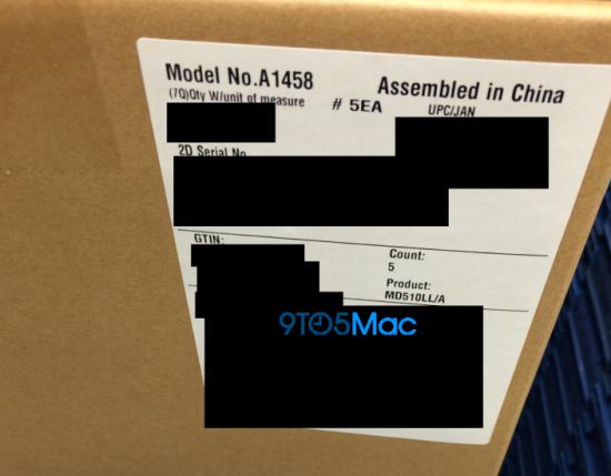 整箱还未开封的iPad 4已经达到Apple Store零售店