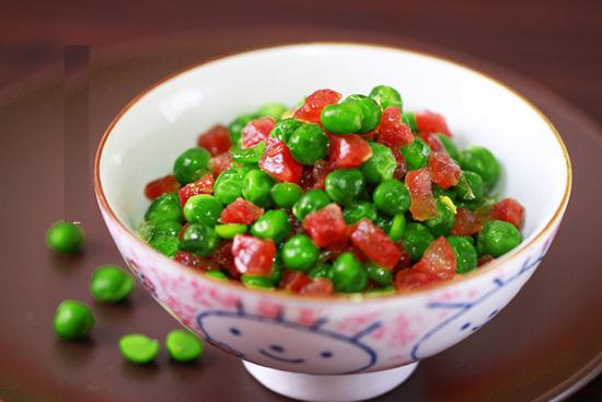 腊肠炒豌豆