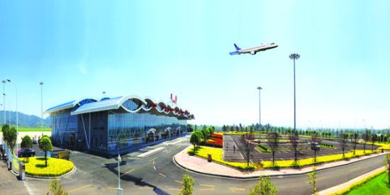 毕节飞雄机场,已开通毕节至北京、上海、重庆、昆明、广州、深圳、贵阳航线