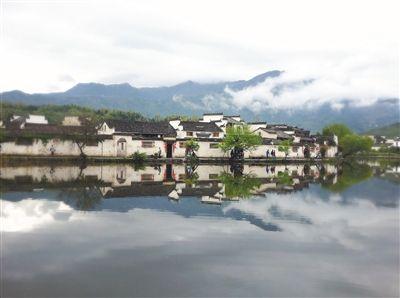 """平地上的人工水系村落,被誉为""""中国画里的乡村""""。"""