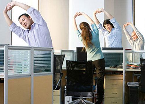 """办公室""""微运动"""" 彻底缓解疲劳"""