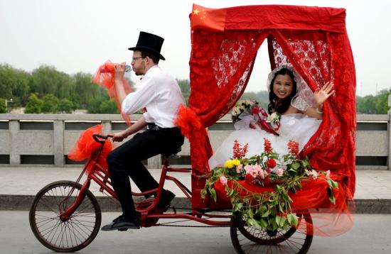 瑞士小伙儿在唐山的低碳婚礼。