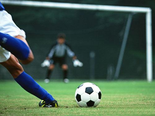 足球技巧图解30招