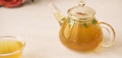 荷叶藕节茶