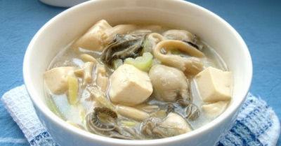 鲜菇牡蛎豆腐汤