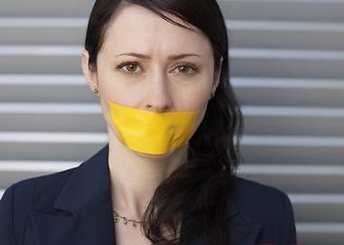 日媒揭秘容易引起口臭的5种原因