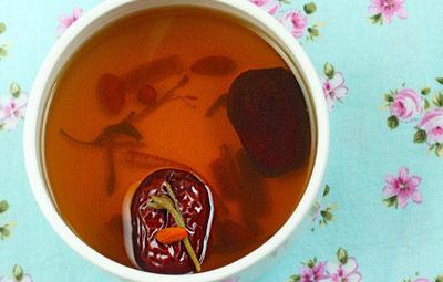 金银花枣茶