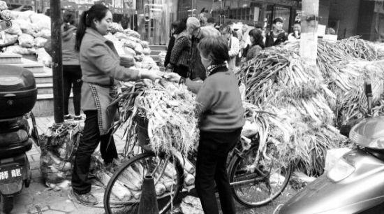 市民购买蔬菜
