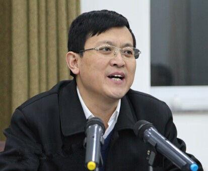 11月28日:陵川县委常委组织部长郭龙龙被