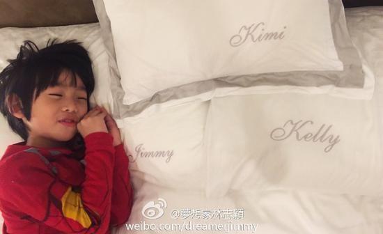 家庭专属枕头超温馨