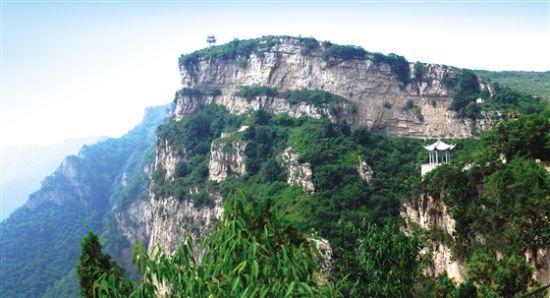 和顺县青城镇百备村境内龙口景区宛如仙境