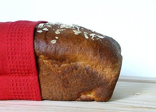 蜂蜜-燕麦三文治面包