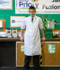 英国13岁少年造反应堆
